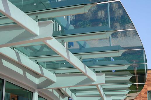 atap kanopi kaca bengkel las terbaik